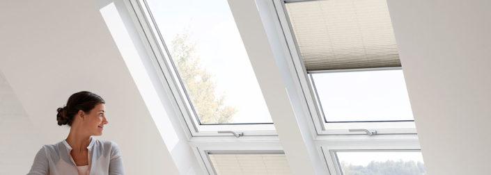 stínění střešních oken
